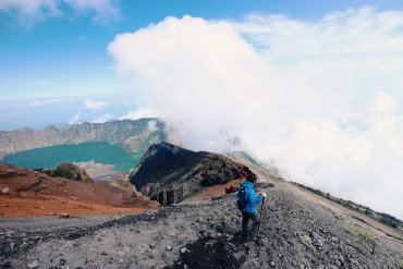 Climbing Mount Rinjani, what you need to know